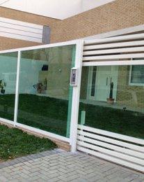 muro-de-vidro.jpg